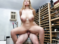 Jordan Ash fucks devilishly sexy Yurizan Beltrans honeypot in every position