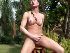 Tranny Rubbing One Out in the Hot Sun